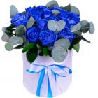 """Композиция """"Синие розы в шляпной коробке"""""""